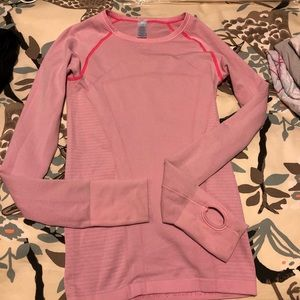 Ivivva long sleeve top size M